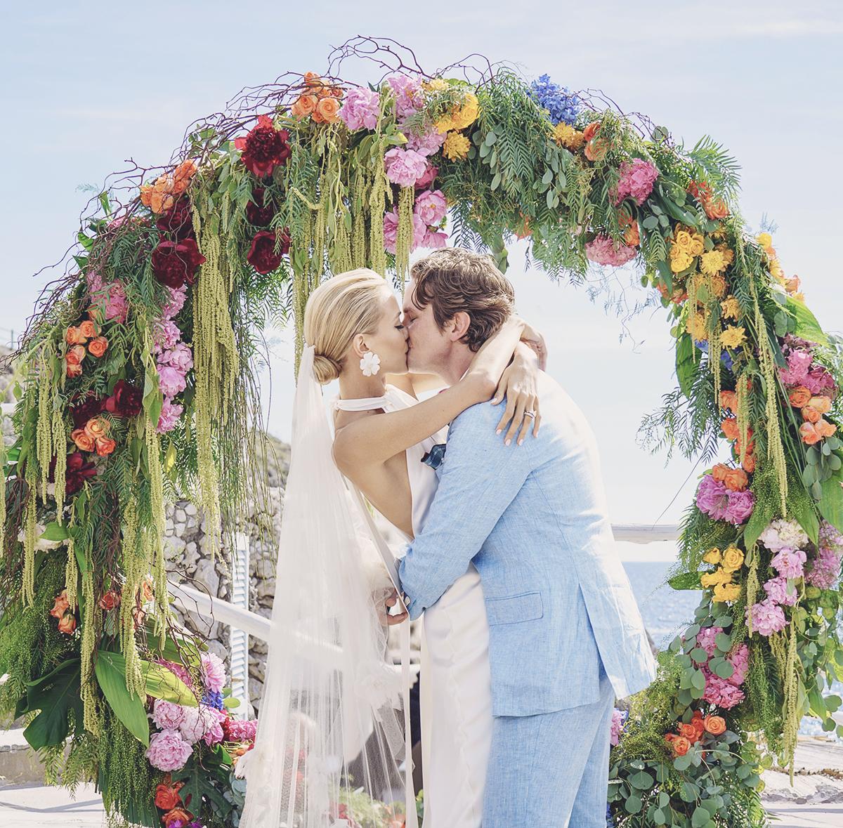 Songs For A Beach Wedding Ceremony: Beach Wedding In Capri. Restaurants In Capri.