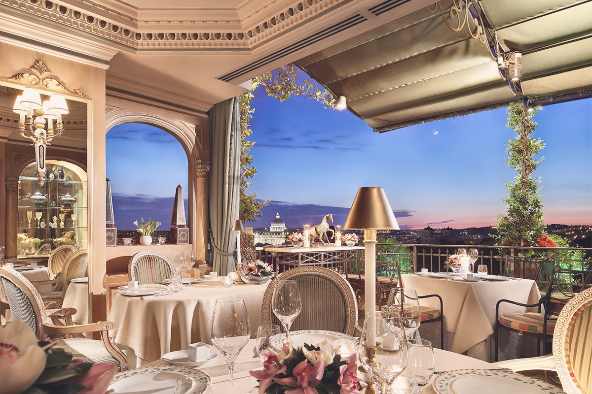Luxury Hotel With Panoramic Terrace Overlooking Rome