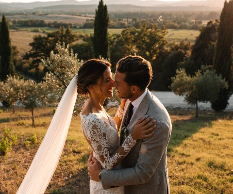 Shades of Love in the Tuscan countryside