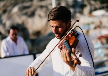 Amazing sound with electric violin for your Wedding in Capri Island