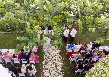 Wedding celebrant in Ravello