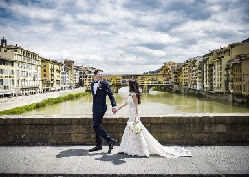 First look shooting in Florence