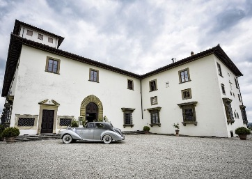 Luxurious private villa for your Wedding in Florence