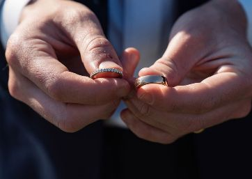 Wedding rings in Apulia