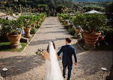 Wedding pics in Tuscany