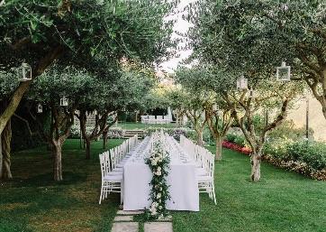 Elegant Wedding reception alfresco in Ravello