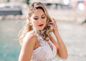 Bridal portrait in Amalfi Coast