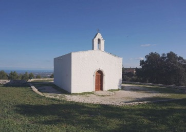 Get Married in Apulia at Apulian Stone Church with Breathtaking View