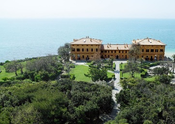 Get Married in Rome at Enchanting Roman Villa overlooking the sea