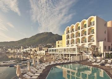 Get Married in Ischia at Luxury Hotel in charming seaside village