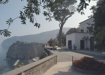 Get Married in Sorrento at Civil Wedding Ceremony in Sorrento