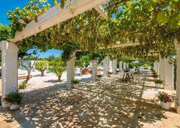 Get Married in Apulia at Dream Villa in Polignano a Mare