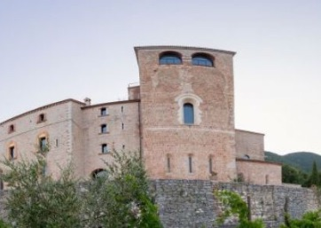 Get Married in Assisi at Suggestive Abbey with a wonderful view over the Umbrian hills