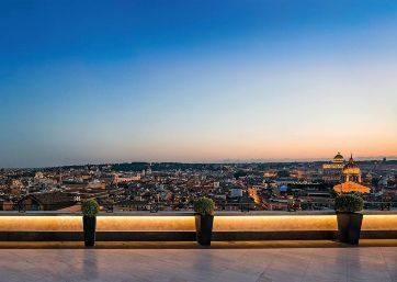 Get Married in Rome at Deluxe 5 Stars Hotel On The Spanish Steps