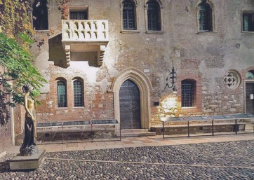 Get Married in Verona at Juliet's House